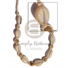 Beige adjustable Sigay Cowry Shell Robles Wood Macrame Natural Natural Shell Necklace BFJ239NK