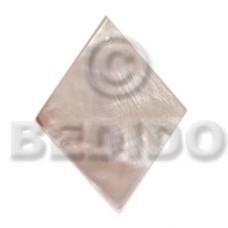Hammer Shell 40 mm Diamond White Pendants - Simple Cuts BFJ6219P