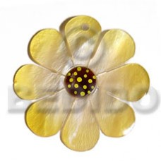 Hammer Shell Flower Gold 40 mm Pendants - Shell Pendants BFJ5594P