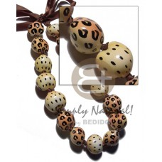 Kukui Nuts Ribbon Leopard Hand Painted Lumbang Seed Kukui Lei Necklace BFJ3103NK