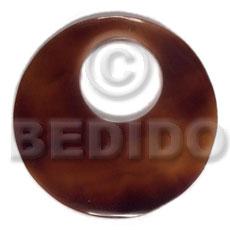 Black Tab Shell 40 mm Round Black Pendants - Simple Cuts BFJ6223P