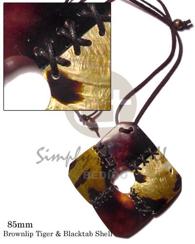 Brown adjustable Brown Lip Shell Leather Thong Square Black Tab Shell Shell Necklace BFJ496NK
