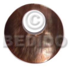 Brown Lip Shell 40 mm Round Brown Pendants - Simple Cuts BFJ6224P