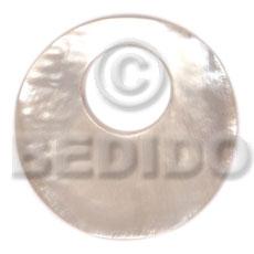 Hammer Shell 40 mm Round White Pendants - Simple Cuts BFJ6226P