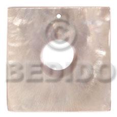 Hammer Shell 40 mm Square White Pendants - Simple Cuts BFJ6233P