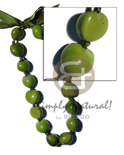Kukui Nuts Ribbon Green Painted Lumbang Seed Kukui Lei Necklace BFJ1807NK