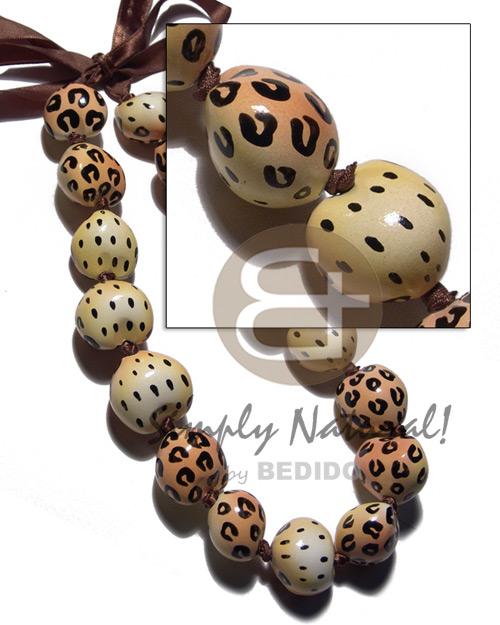 Kukui Nuts Ribbon Leopard Hand Painted Lumbang Seed Kukui Lei Necklace BFJ3103NK