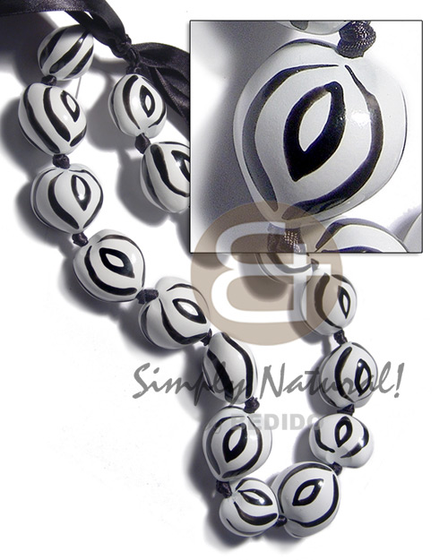 Kukui Nuts Ribbon Zebra Hand Painted Lumbang Seed Kukui Lei Necklace BFJ3102NK