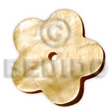 Natural Mother-Of-Pearl Scallop 40 mm Natural Pendants - Shell Pendants BFJ5006P